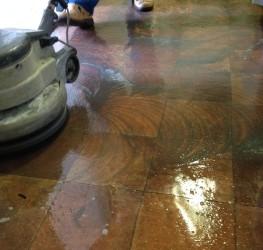 padló sikálás